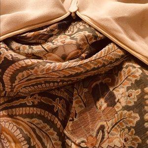 Lauren Ralph Lauren Dresses - Lauren Ralph Lauren dress. 100 % silk. Size 8
